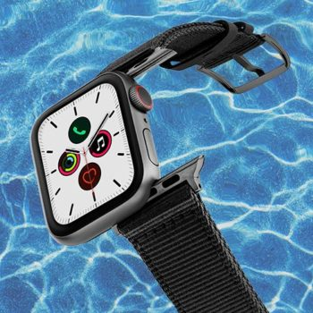 Apple-watch-black-tide-band-recicled-ocean-plastic-44mm-flying