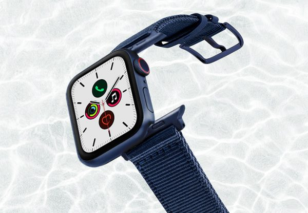 Blue-Marine-AW-tide-recicled-by-ocean-band-44mm-with-blue-adaptors