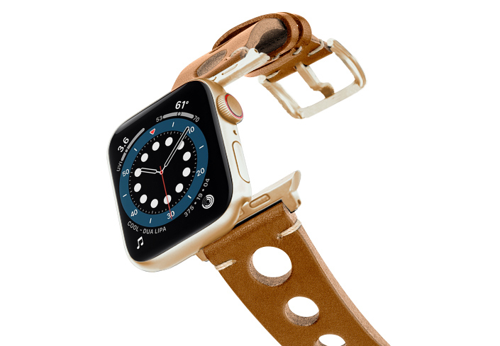 Light-Brown-AW-urban-leather-band-on-air-alluminium-gold-adapters