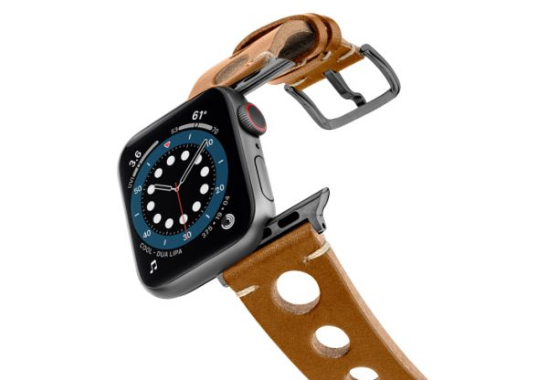 Light-Brown-AW-urban-leather-band-on-air-space-grey