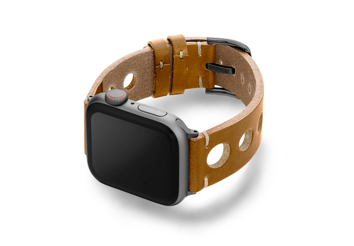 Light-Brown-AW-urban-leather-band-on-left-space-grey-display-on-left