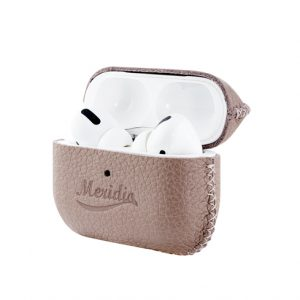 Airpods_Pro_Blush_leather_case-opening