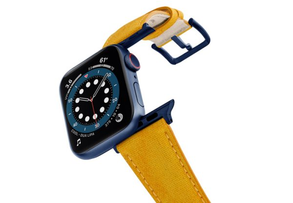 Recycled-Golden-Apple-watch-vegan-leather-band-flying-view_alluminium_Blue_Case