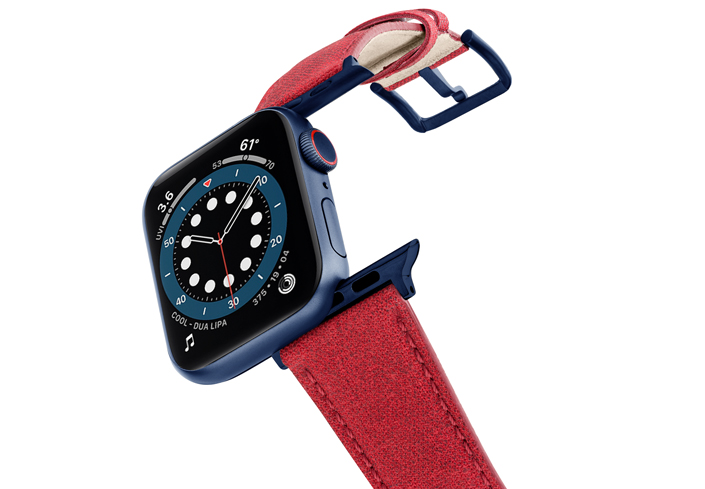 Recycled-Red-Apple-watch-vegan-leather-band-flying-view_alluminium_Blue_Case