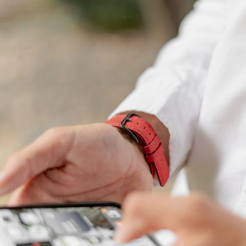 Recycled-Red-cotton-apple-watch-band-for-him-closeup-back