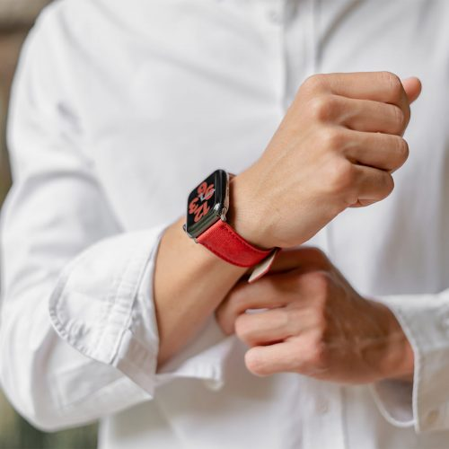 Recycled-Red-cotton-apple-watch-band-for-him-elegant-style