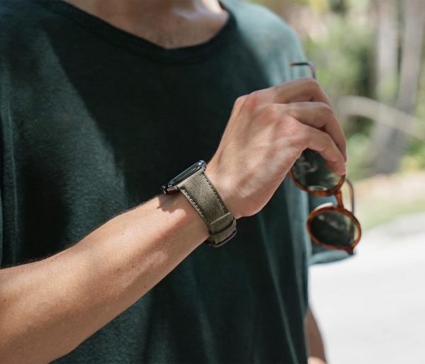 Recycled-green-cotton-apple-watch-band-for-him-traveller-mood
