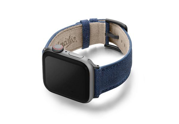 Recycled_blue_apple-watch-band-screen-on-left