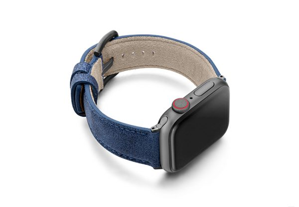 Recycled_blue_apple-watch-band-screen-on-right