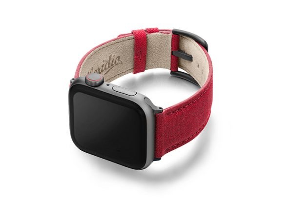 Recycled_red_apple-watch-band-screen-on-left