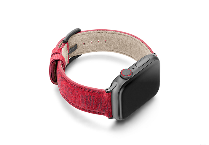 Recycled_red_apple-watch-band-screen-on-right